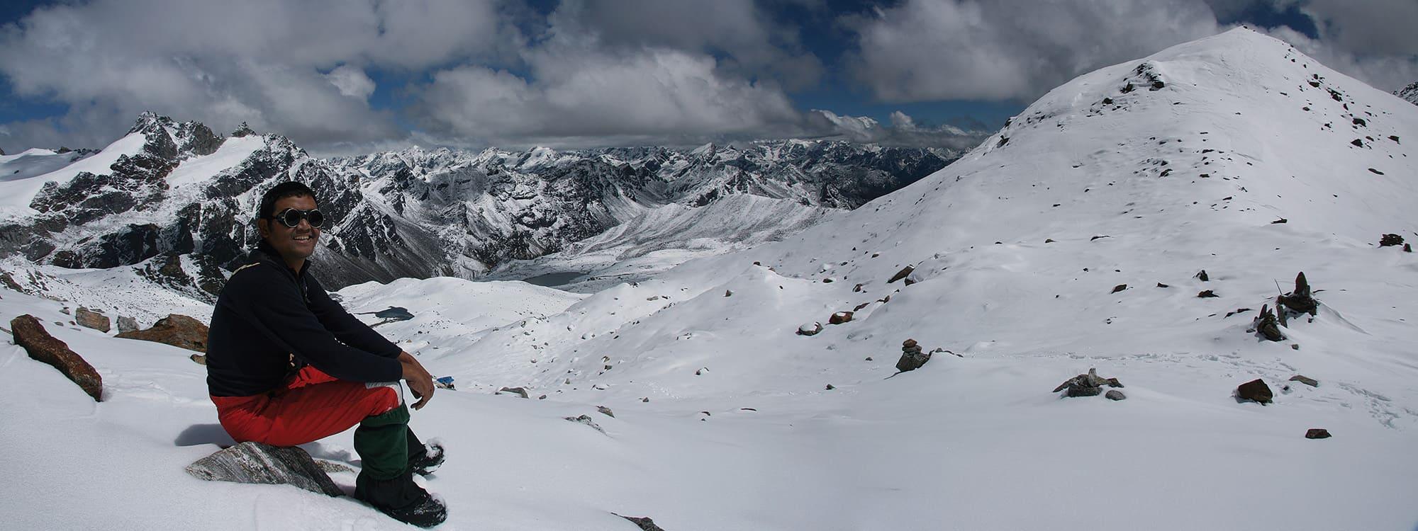 Kanchenjunga Lumbha Sambha Pass