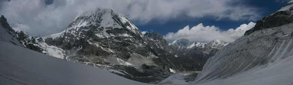 GHT Central Nepal Tilman Pass looking north