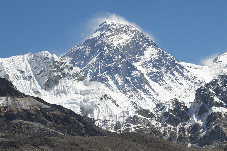Mt Everest view from Gokyo lakes
